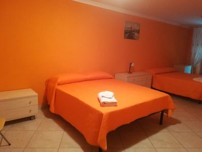 Photo for Room for 2-5 persons. Casa Due Torri