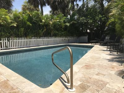 Tropical, Very Private, Gated Home w/ pool Short Walk to St Armands & Lido Beach