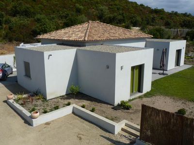 Photo for New contemporary luxury villa 160m2, air conditioned with pool.