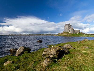 Dunguaire Castle, Kinvarra