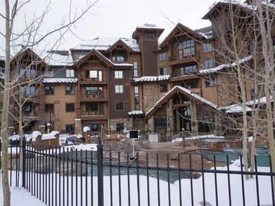 Photo for Luxury 2 bed 2 bath Ski in/Ski out Peak 7