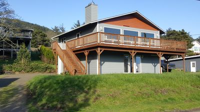 Photo for 20% off during December! Ocean view & within walking distance to beach!