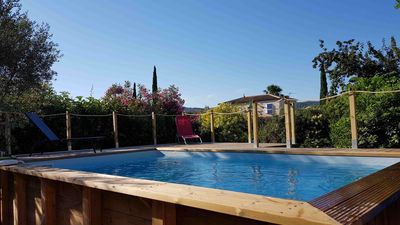 Photo for Bright Provencal villa with pool