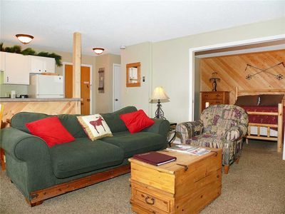 SE040 by Mountain Resorts ~ Mountain Views with Onsite Hot Tub!  Ski in/out!