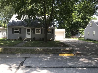 Photo for Completely Remodeled Full House 2 Blocks From Lambeau Field