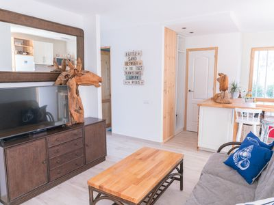 Photo for The Ohana Beach House. Unbeatable location, only a few steps from Waikiki Beach!