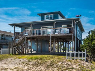 Photo for HAPPY DAYS: 4 BR / 2 BA Sleeps 8, ocean and sound views in Topsail Beach