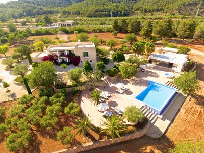 Photo for Newbuilt traditional villa with pool&BBQ. Perfect for events and groups