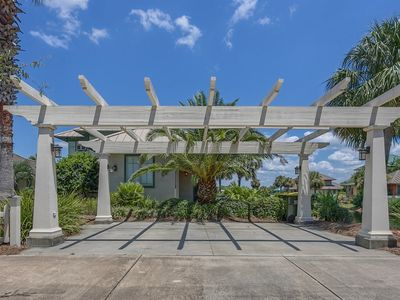 Photo for Waters Edge at Beach Club by Meyer Vacation Rentals