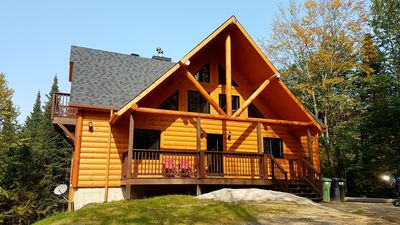 Photo for chalet Le Montcalm near Saint-Sauveur, 18 persons, 6 bedrooms, SPA, BBQ