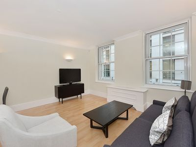 Photo for Luxury 2bed in the heart of Mayfair