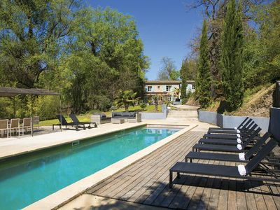 Photo for Wonderful Provençal typical farmhouse, Large pool, in nature, quiet, peace.