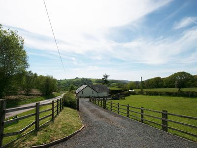 Photo for Brecon Beacons holiday cottage, pet-friendly (max 3 dogs). Detached cottage with great walks , fishi
