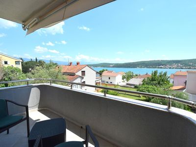 Photo for Holiday apartment with sea view 120 m from the beach