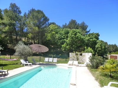 Photo for Charming villa with fenced pool in Aix-en-Provence