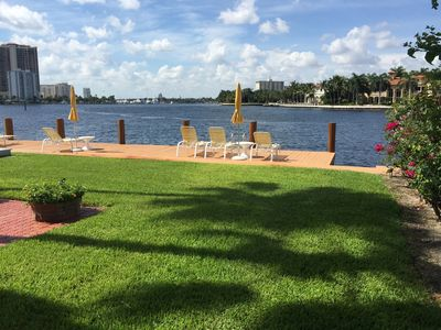 Ground level unit with direct access to the Intracoastal Waterway.