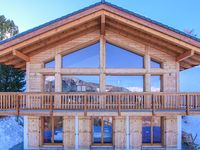 Great chalet for a large group or family