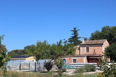Maison abricot with swimming pool