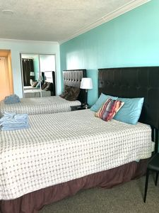 Photo for 11th Floor, Queen Beds, Kitchen, GORGEOUS VIEW, Pools, Hot Tubs, Lazy River +