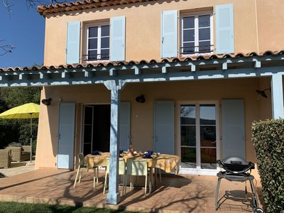 Photo for Luxurious corner house in Provencal style situated on a secured private residence, 2 km from the Sea