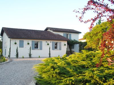Photo for Family friendly rural holiday home with own pool and bordering vineyard.