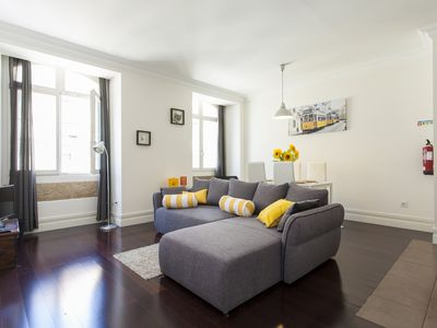 Photo for Apartment with AC and elevator in the heart of Lisboa Downtown