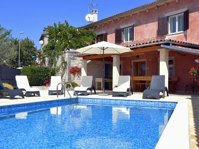Photo for Holiday house Bepi - with swimming pool in a quiet area near Rovinj