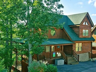 Photo for Pigeon Forge resort cabin Absolutely Wonderful 304
