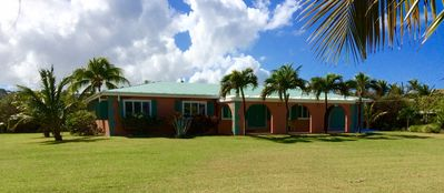 Photo for Coral Reef Beach House - Relax or Dive in Paradise, great central location