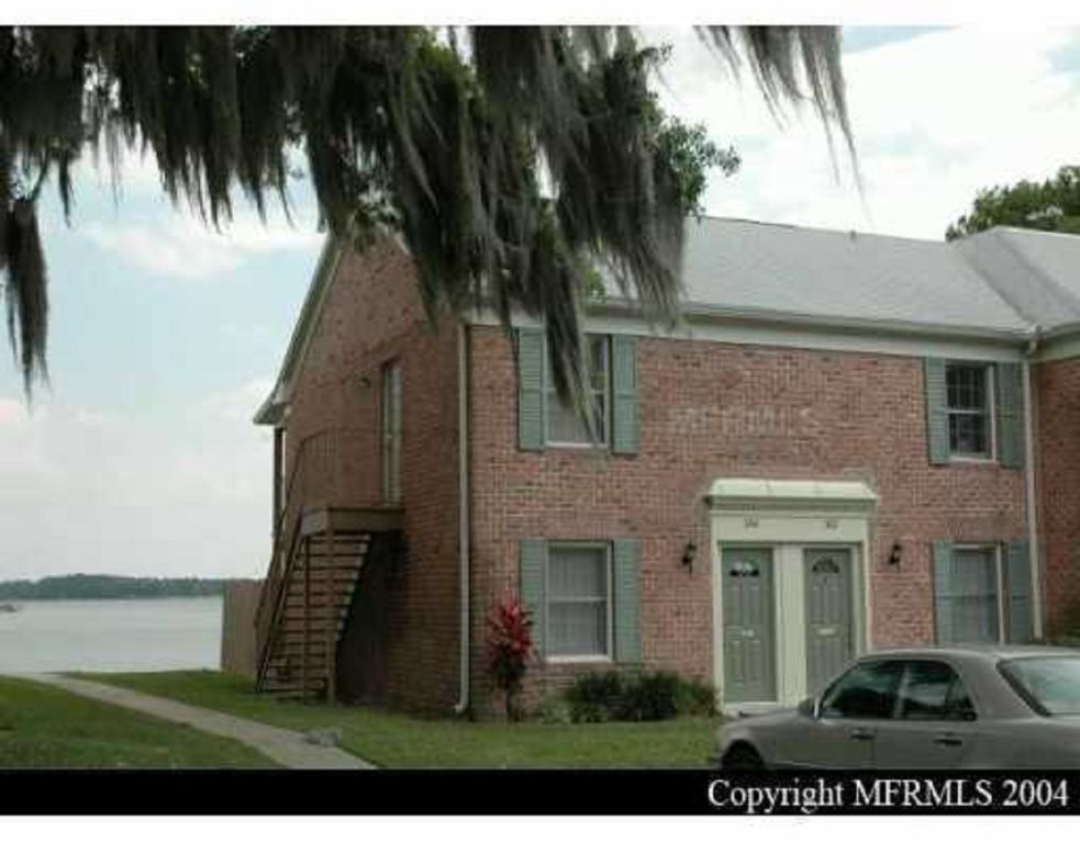 Lakefront furnished 1 bed 1 5 bath townhouse sleeps 5 on for 1 bed 1 5 bath