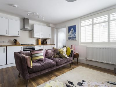 Photo for Shepherdess Walk VIII - luxury 1 bedrooms serviced apartment - Travel Keys