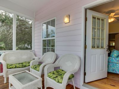 Photo for NEW LISTING! Charming cottage w/screen porch, shared pool/hot tub, walk to beach