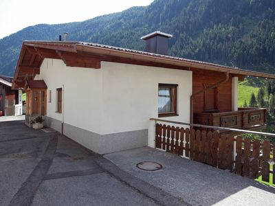 Photo for Good standard  accommodation with 3 balconies, situated on a quiet road.