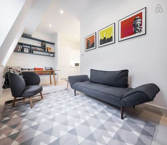 Photo for Beautiful 1 Bed in Barbican