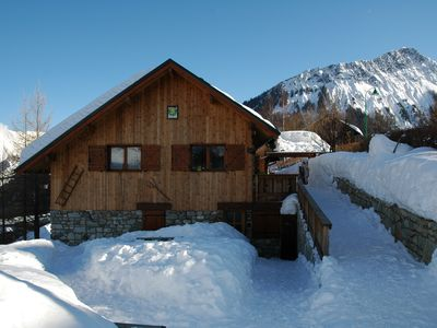 Photo for Chalet 16/20 people near the slopes, shuttle from chalet, relaxation area.