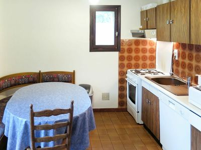 Photo for Lovely apartment in villa for 6 people with TV, pets allowed and parking