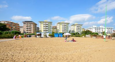 Photo for Holiday apartment 50 m to the beach