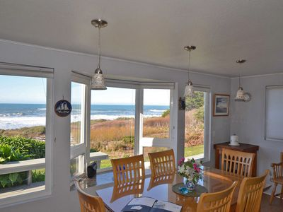 Photo for Pet Friendly. Right on the BEACH/w PRIVATE BEACH ACCESS. Private Hot tub Has ALL