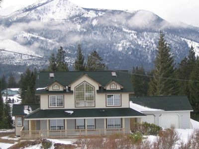 Photo for 4BR House Vacation Rental in Mt Shasta, California