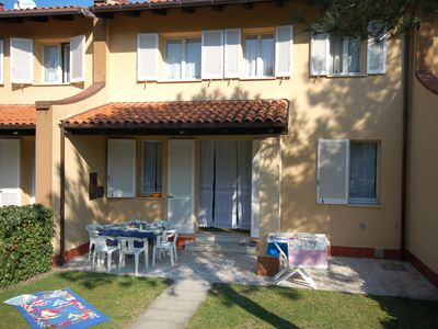 Photo for Holiday house with pool view, private garden, air conditioning, 5 beds