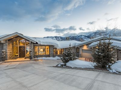Photo for Mountain Sky | 5 Minutes to Ski Lifts | Gorgeous Views | Private Hot Tub | Concierge Services