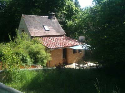 Photo for Small house in the countryside 15 minutes from Sarlat