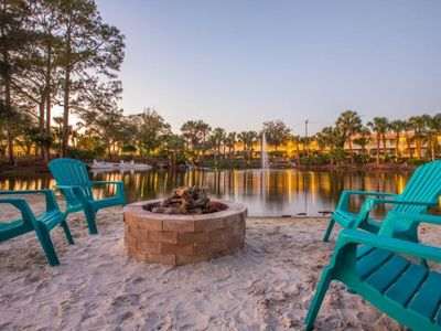 Photo for CLOSE TO ATTRACTIONS! COMFY UNIT FOR 4, THREE POOLS, PARKING!