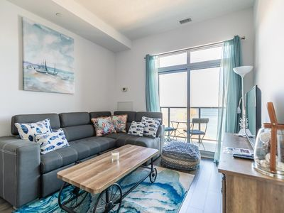 Simply Comfort. UV DISINFECTION 2BD Waterfront Penthouse Lake View