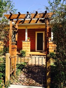 Photo for Charming 1911 cottage in the heart of Asheville - walk 4 blocks to downtown