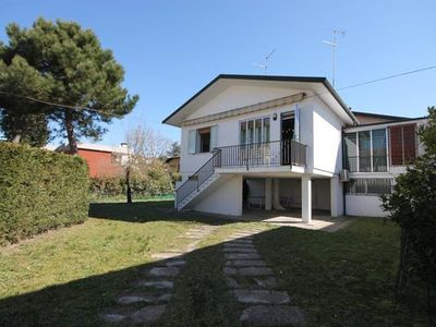 Photo for Holiday house Lido delle Nazioni for 4 - 8 persons with 3 bedrooms - Holiday house