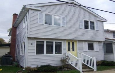 Photo for 3 Bedroom 2 Bath Cottage Steps from Lake Erie near GOTL