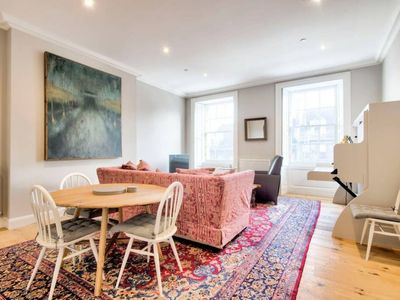 Photo for Frederick St Luxury Flat - Heart of the City