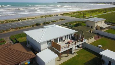 Prime sea front location with fabulous 180 degrees views.