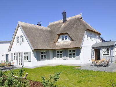 Photo for Old Katen Glowe - Captain's Half: FHH in the Thatched Cottage, many romantic details
